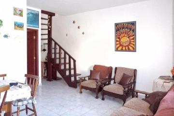 APARTAMENTO ( SOBRADO ) - ITAGUA - UBATUBA │ UB315